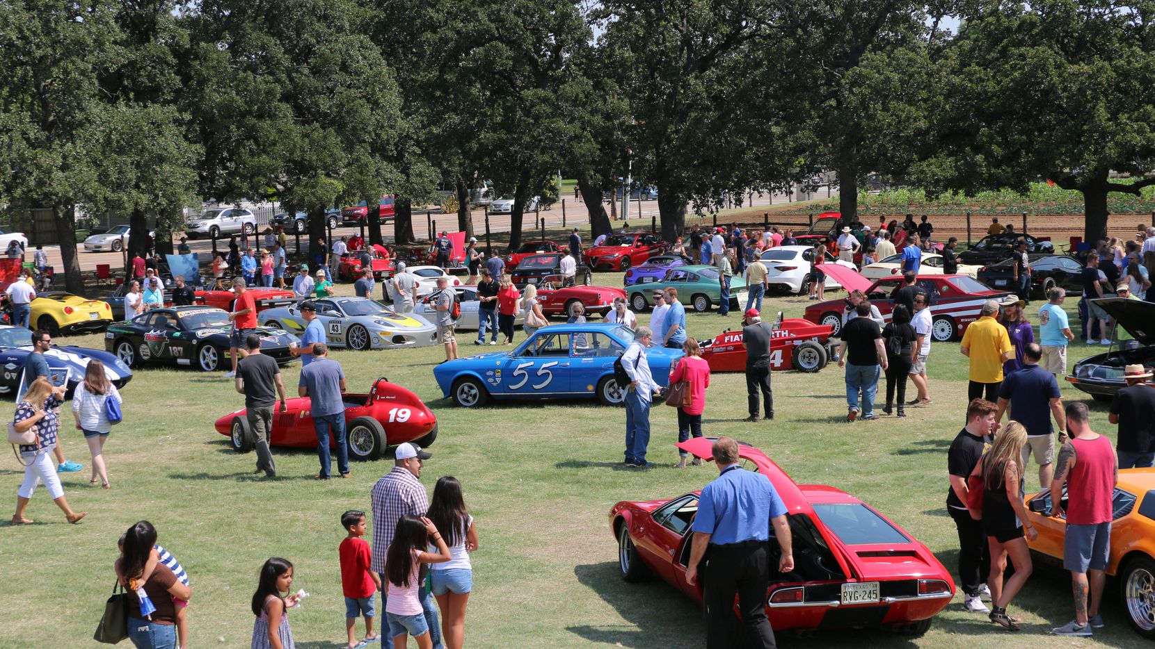 ItalianCarFest, with more than 90 cars on view, is a prelude event to this year's GrapeFest in Grapevine.