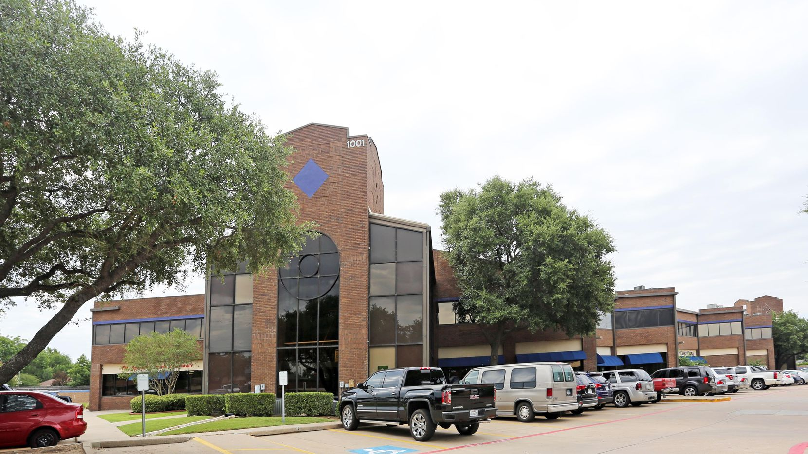 Investor Koelbel and Co. purchased a 90,000-square-foot office complex in Flower Mound.