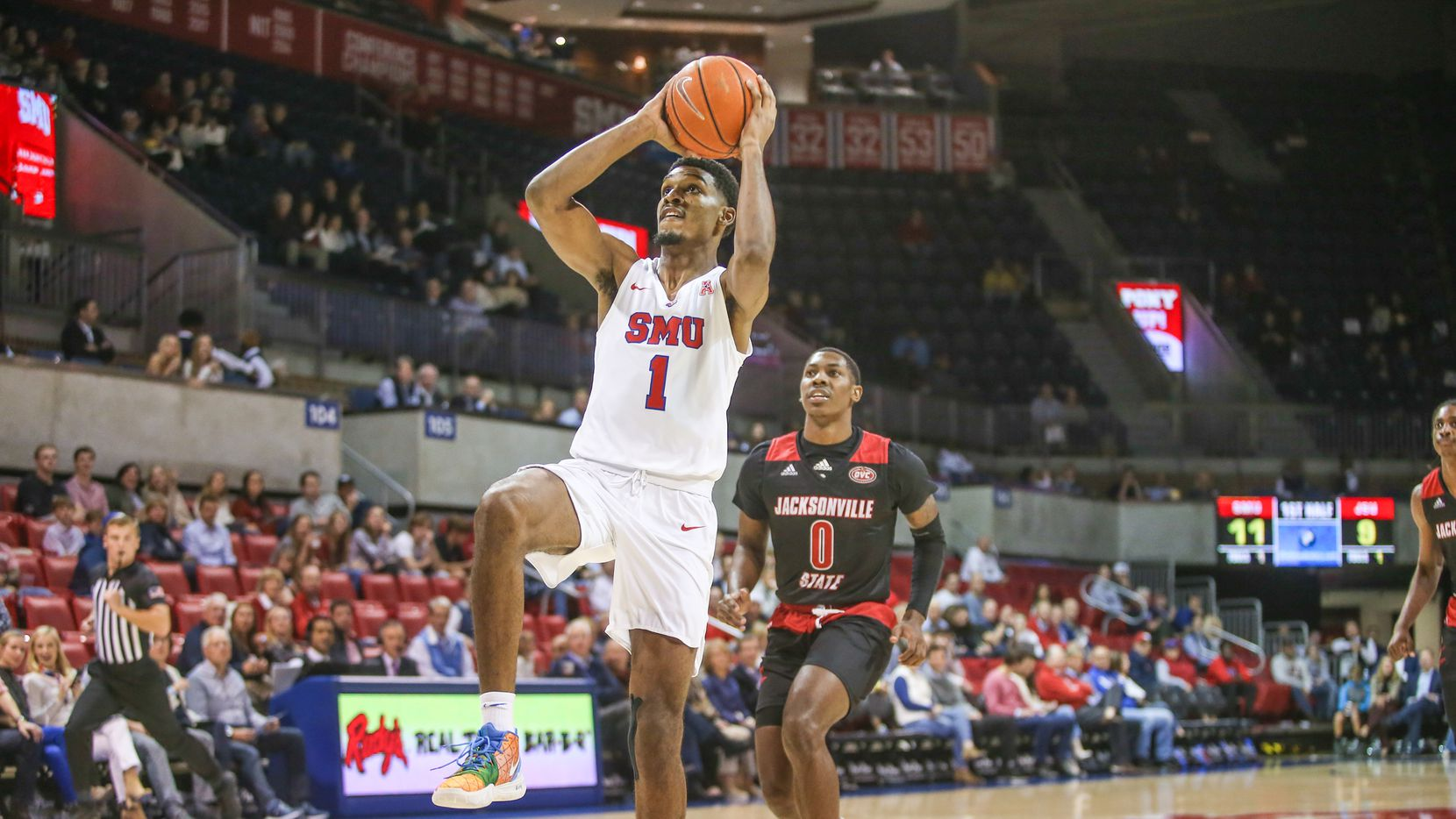 DALLAS, TX - NOVEMBER 05: Southern Methodist Mustangs forward Feron Hunt (1) drives to the basket during the game between SMU and Jacksonville State on November 5, 2019 at Moody Coliseum in Dallas, TX.