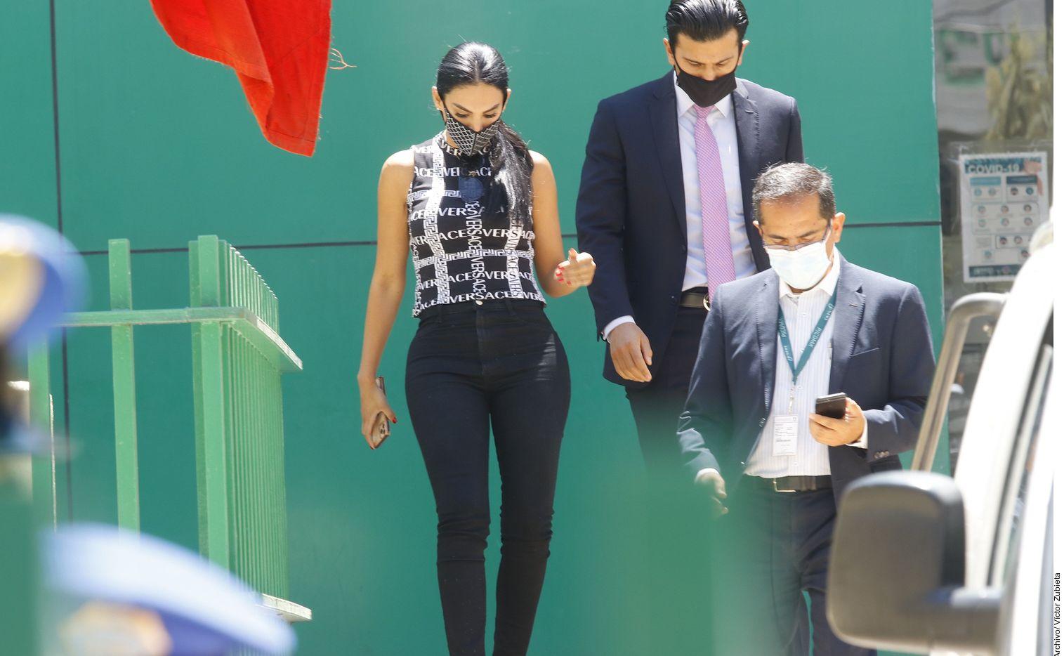 efi Valenzuela, ex pareja de Eleazar Gómez, reveló que ya recibió los 420,000 pesos mexicanos, equivalentes a $21,000 dólares, que le pagó el actor por reparación de daño después de que la agrediera físicamente.