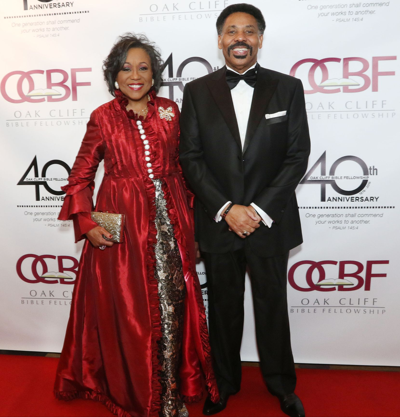 Tony Evans and his wife, Lois Evans, walked the red carpet at the 40th Anniversary Gala, attended by more than 2,200 of Oak Cliff Bible Fellowship's 12,000 members. The gala at Omni Dallas Hotel in 2016 featured national recording artist Erica Campbell, Fred Hammond and comedian John Gray as MC.