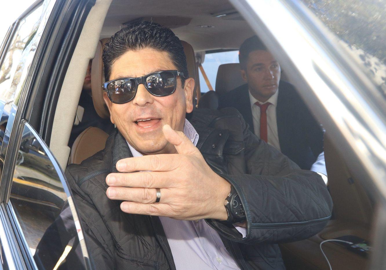 El expropietario de los Tiburones de Veracruz, Fidel Kuri, fue detenido por presunto fraude.