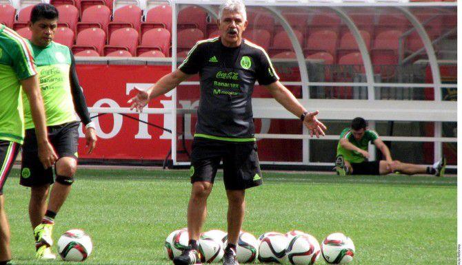 El brasileño Ricardo Ferretti dirige de forma interina a la selección mexicana.(AGENCIA REFORMA)
