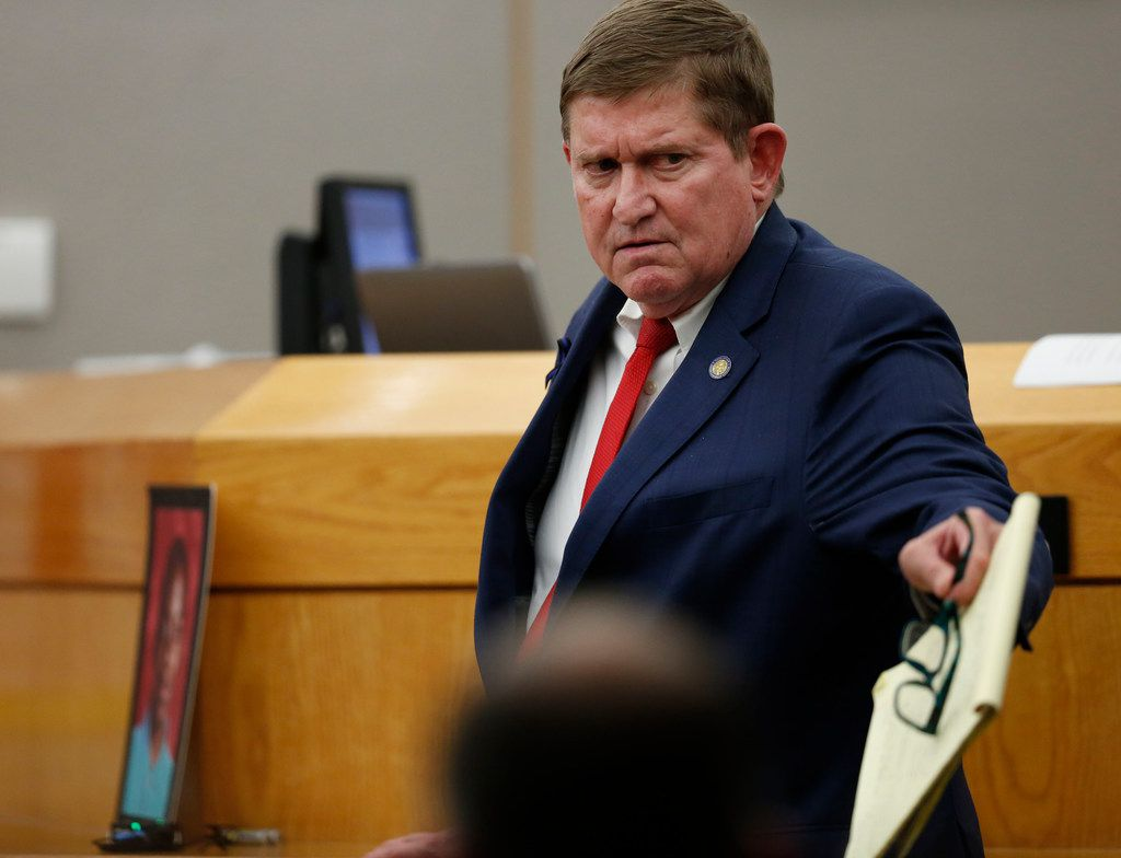 "Lead prosecutor Michael Snipes points to defendant Roy Oliver, calling him a ""Mr. Hyde"" whom the jury needs to lock up."