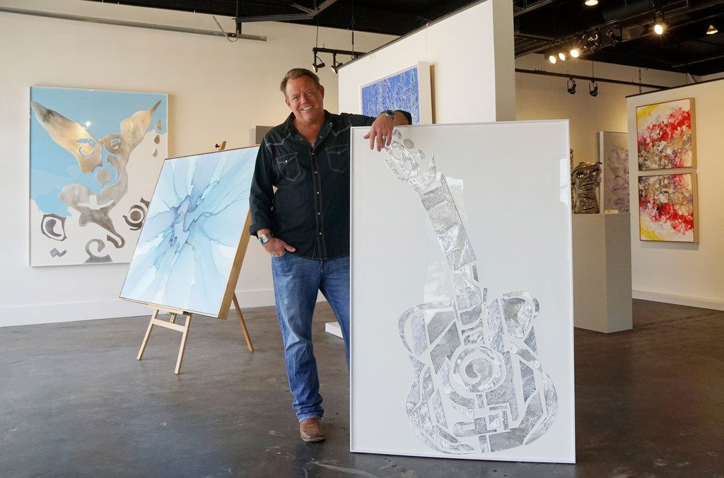 Did you know Pat Green owns an art gallery in Fort Worth?