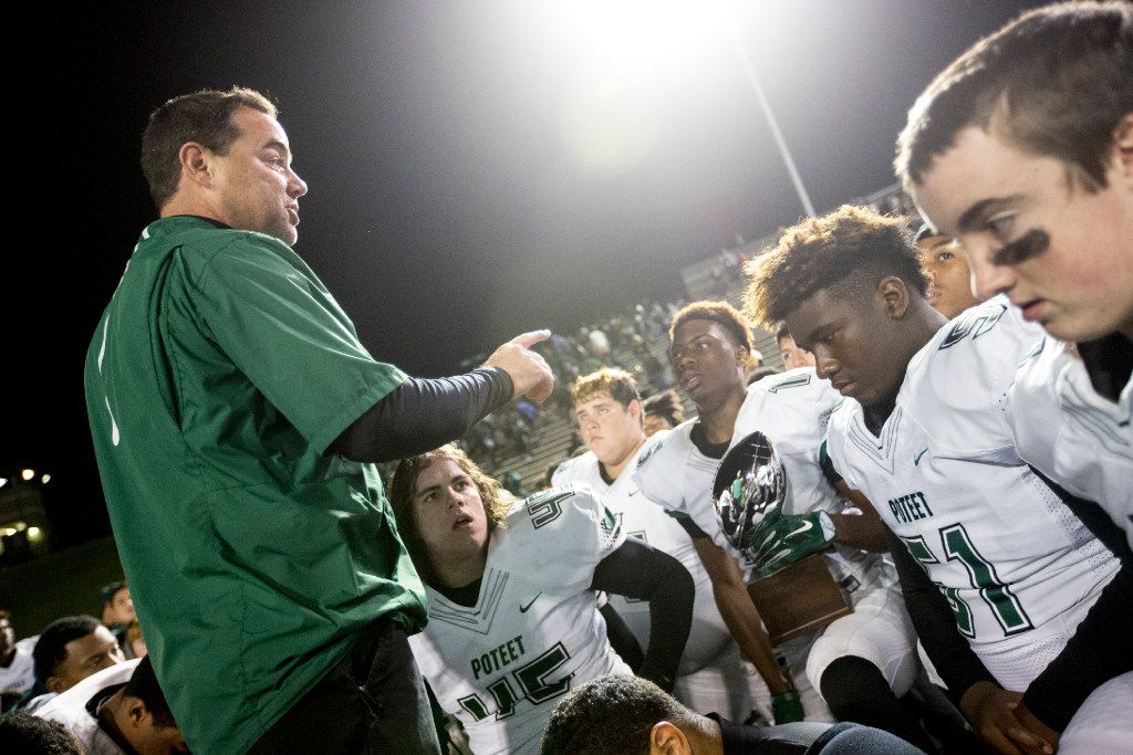 Poteet head coach Kody Groves talks to his team after their semifinal playoff victory over South Oak Cliff on Nov. 25, 2016, at the Gopher-Warrior Bowl in Grand Prairie. (Andrew Buckley/Special Contributor)