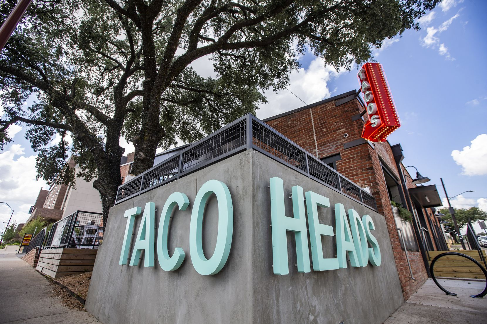The front of Taco Heads in Fort Worth