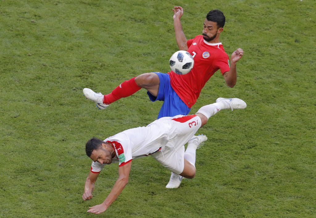 Giancarlo González y la selección de Costa Rica deben evitar caer ante Brasil para no ser eliminados del Mundial de Rusia 2018. Foto AP