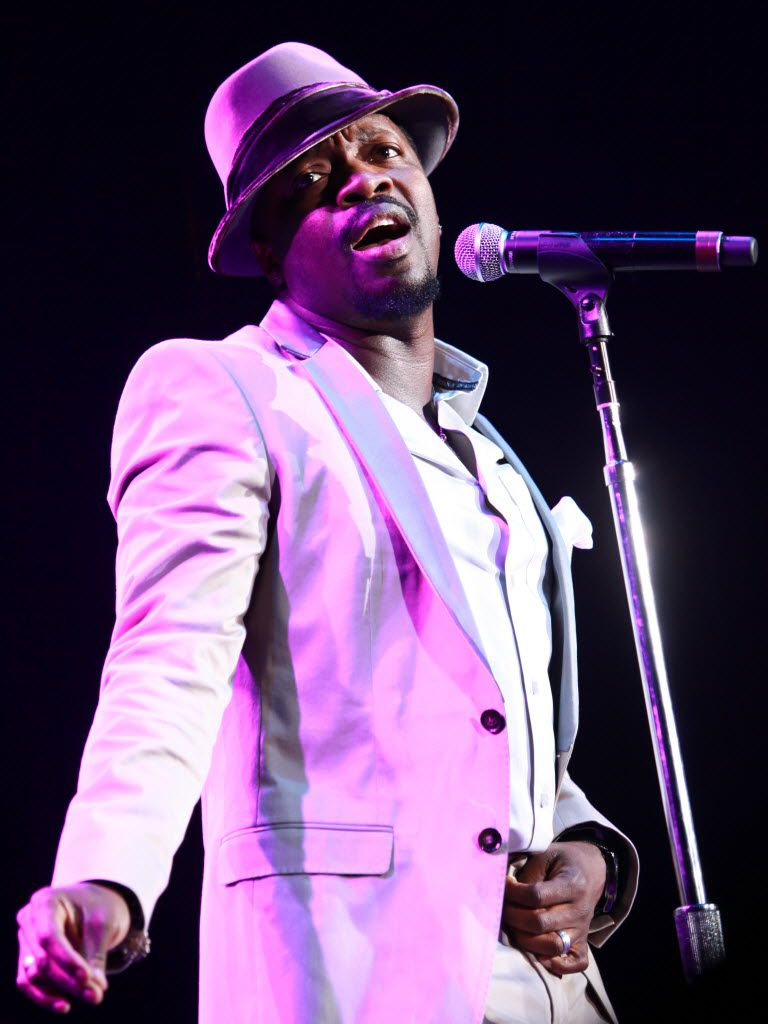 Anthony Hamilton performs during Budweiser Superfest at Superpages.com Center in Dallas on Sept. 6, 2010.