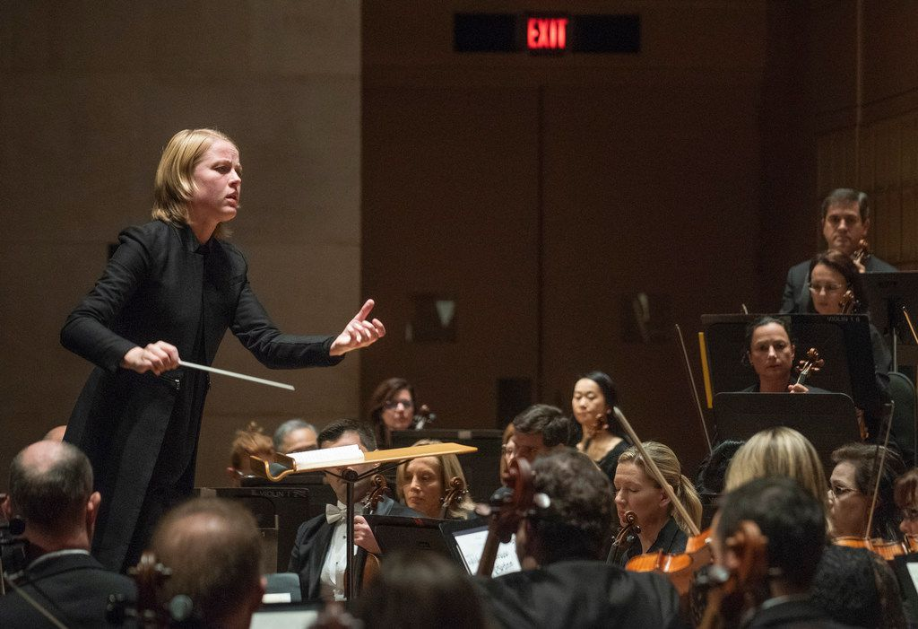 Ruth Reinhardt conducts the Dallas Symphony Orchestra in Paul Hindemith's Concert Music for Strings and Brass.