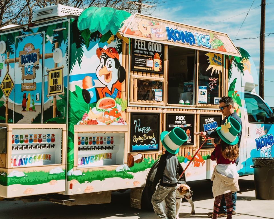 There will be food trucks at the Graffiti Art Festival in Fort Worth.