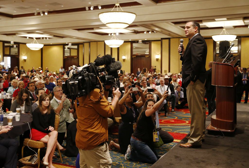 Ted Cruz's appearance at the Texas delegation's breakfast on Thursday drew a full house after his Republican convention speech caused an uproar.