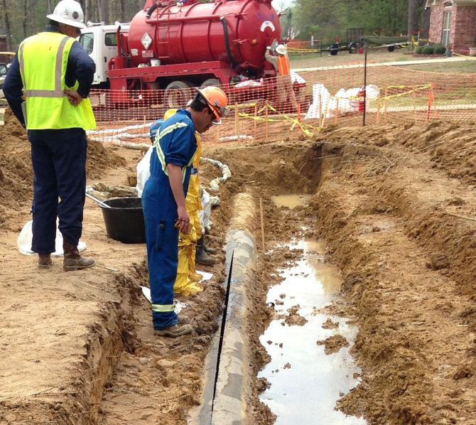 A 22-foot long rupture on Exxon Mobil's Pegasus pipeline sent around 200,000 gallons of crude oil into a residential neighborhood in Mayflower, Ark., in 2013.