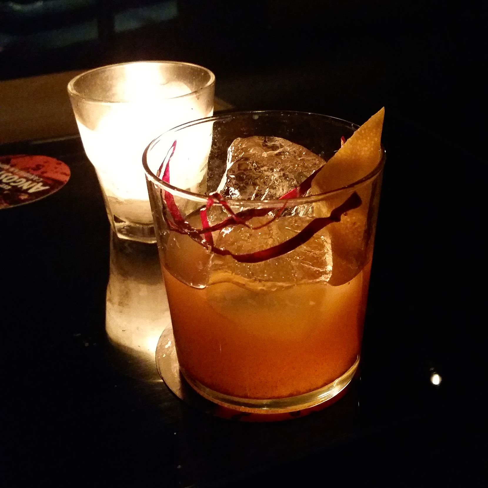 The dazzling Almond Old Fashioned at Bar Felina.