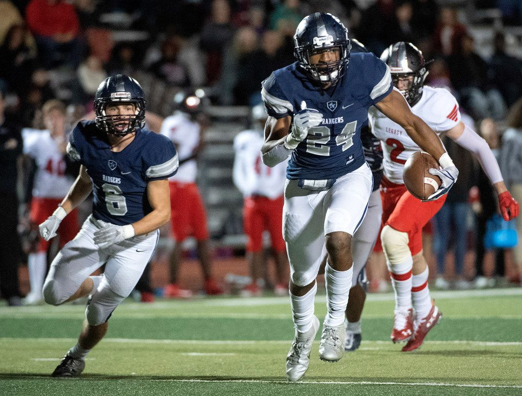 Frisco Lone Star junior linebacker Jaylan Ford (24) returns an interception against Mansfield Legacy during the second half of a bi-district round high school football playoff game Friday, November 16, 2018 at Memorial Stadium in Frisco, Texas. Frisco Lone Star won 41-6. (Jeffrey McWhorter/Special Contributor)