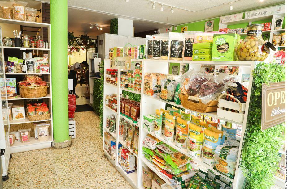 Cada vez más tiendas tienen sectores dedicados para los veganos.