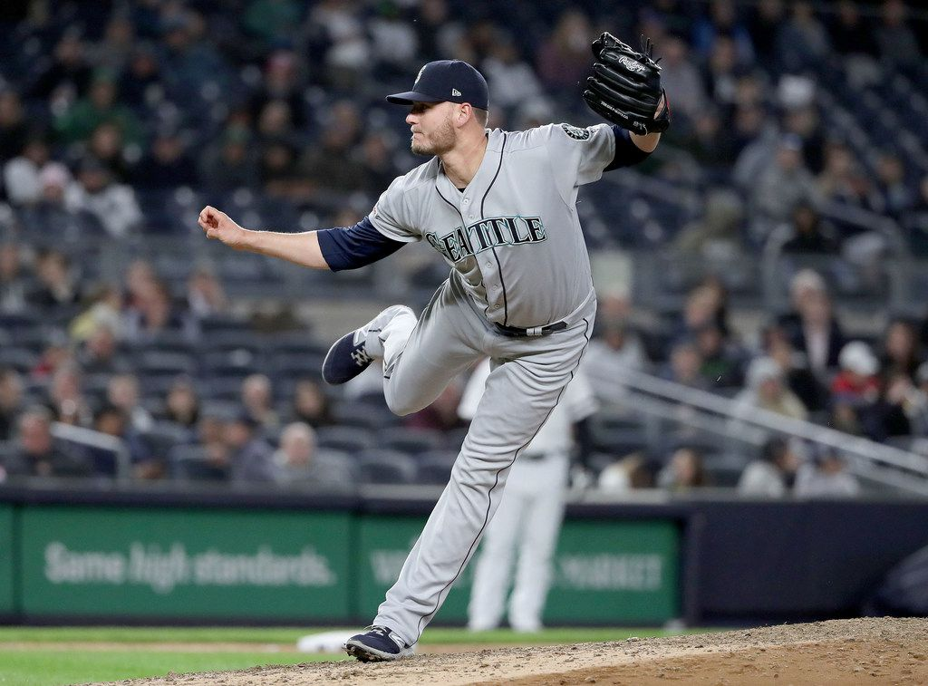 NEW YORK, NEW YORK - MAY 09:  Connor Sadzeck #54 of the Seattle Mariners delivers a pitch in the eighth inning against the New York Yankees at Yankee Stadium on May 09, 2019 in the Bronx borough of New York City. (Photo by Elsa/Getty Images)