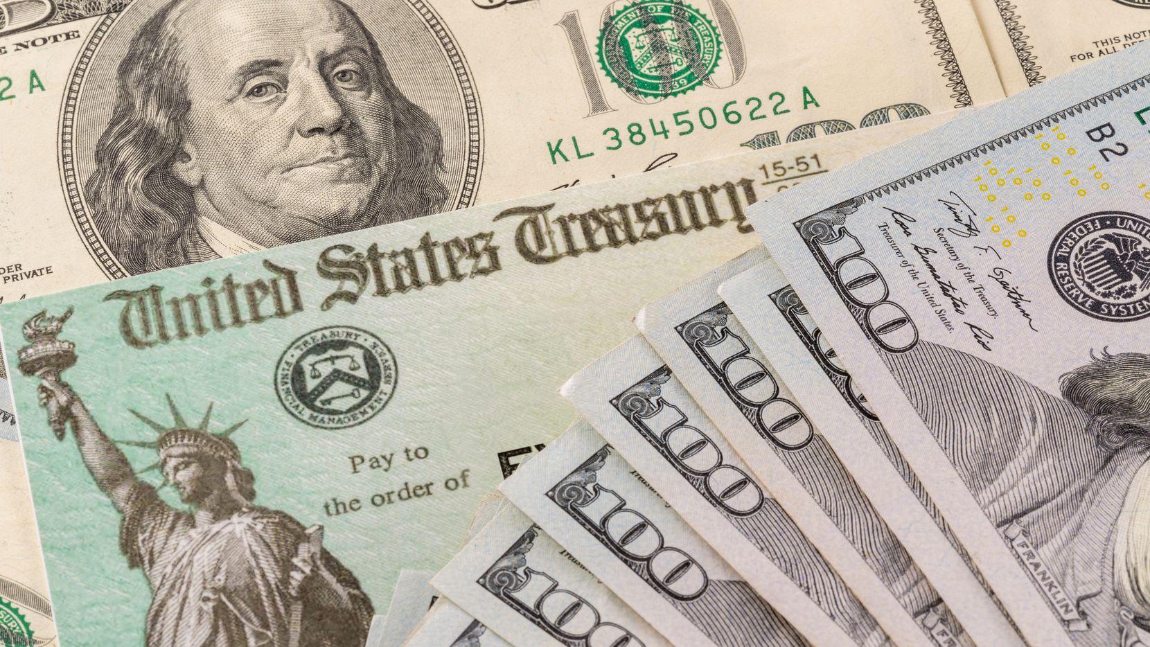 A partir de esta semana, el IRS ya está entregando los pagos a familias mixtas de personas que declaran con ITIN pero reclaman a algún dependiente que sea ciudadano estadounidense.