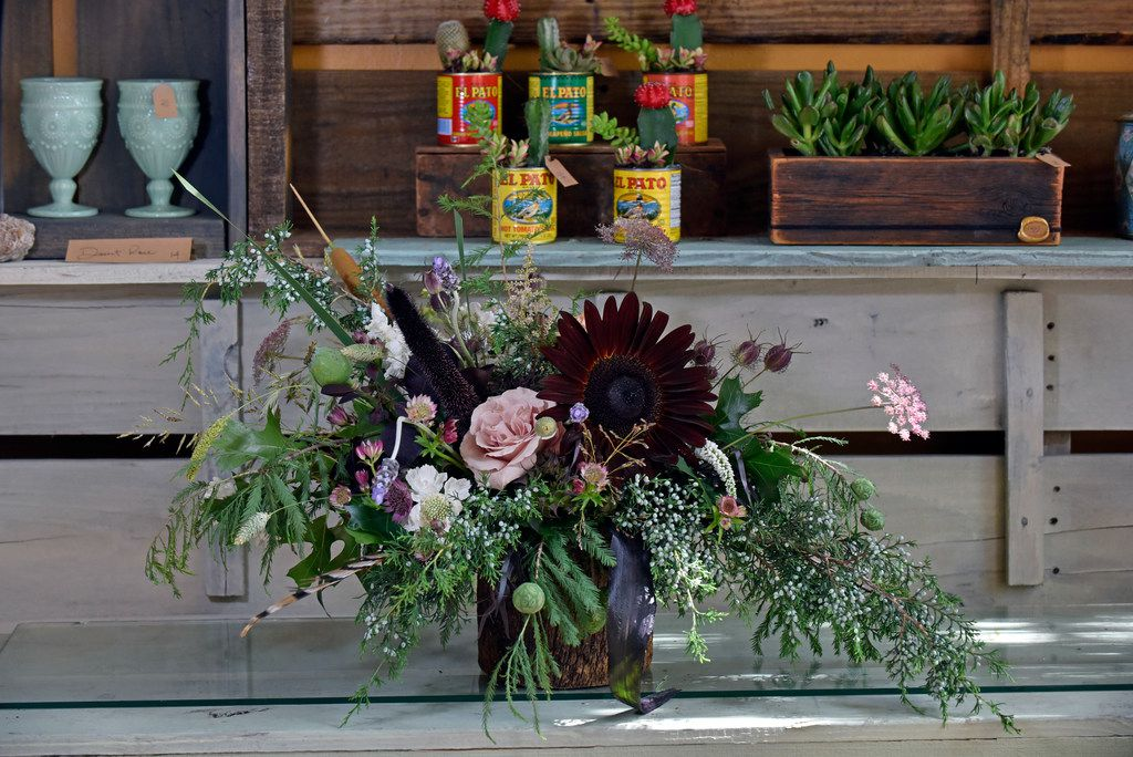 A custom floral arrangement designed by co-owner and lead designer Sonya Eudaley of Dirt Flowers.