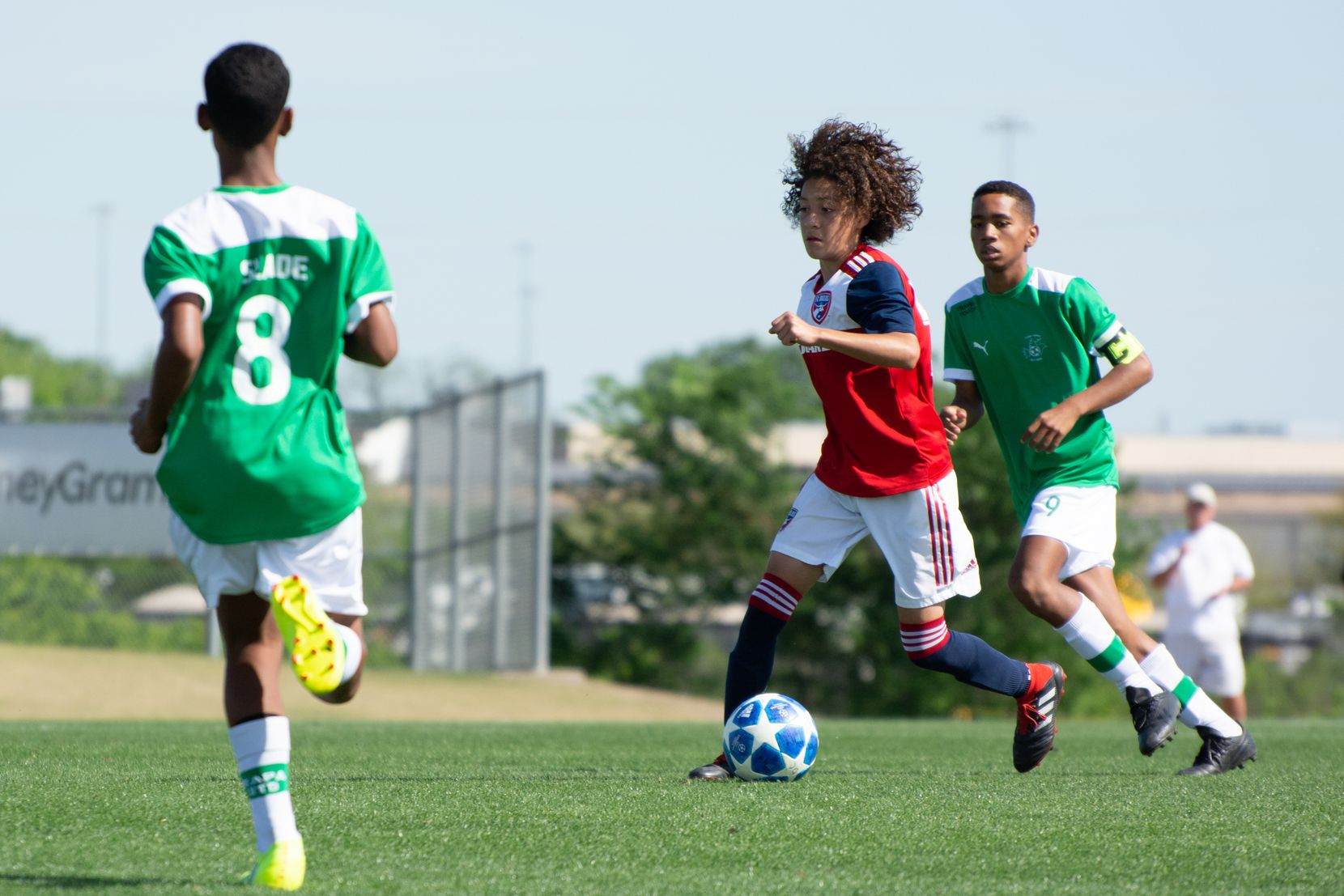 Anthony Ramirez on the ball for the FC Dallas U14s against Ikapa United in the 2019 Dallas Cup.