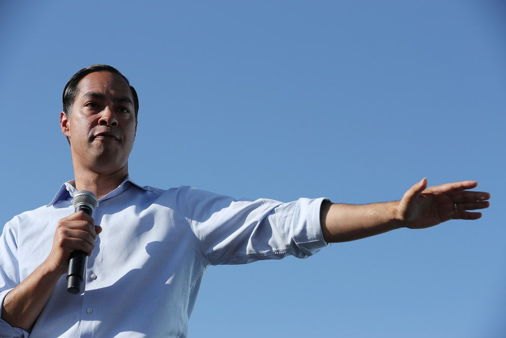 Presidential hopeful Julián Castro's plan to decriminalize unauthorized border crossings has divided Texas Democrats in Congress. (Photo by Chip Somodevilla/Getty Images)