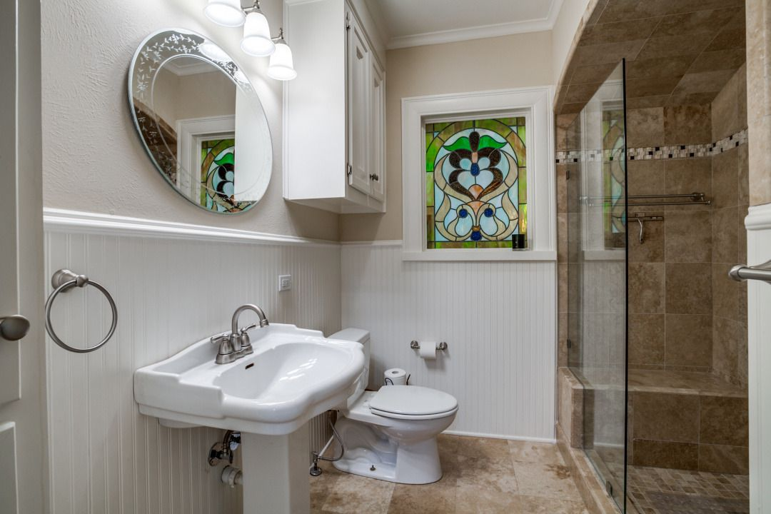 Take a look at the home at 5343 Merrimac Ave. in Dallas.