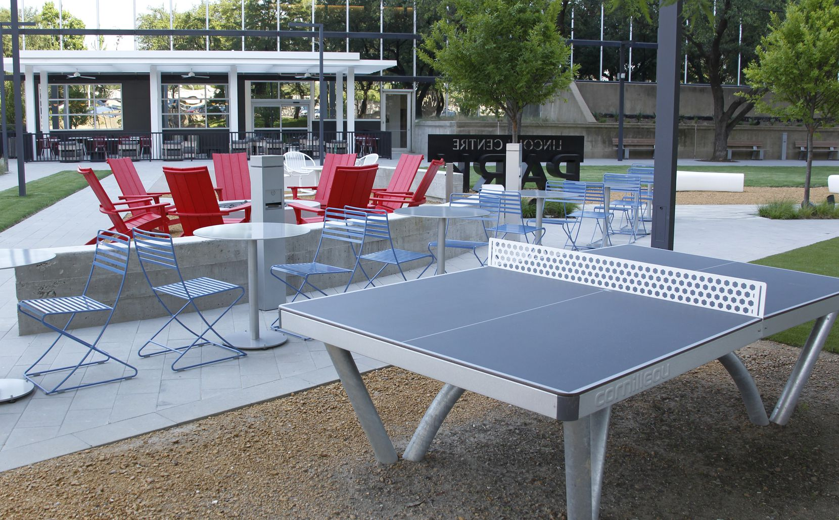 The new park at Lincoln Centre 2 was designed for relaxing activities including table tennis. The recently renovated office tower includes an updated food court, outside dining, lobby and upper terrace areas and a new park.