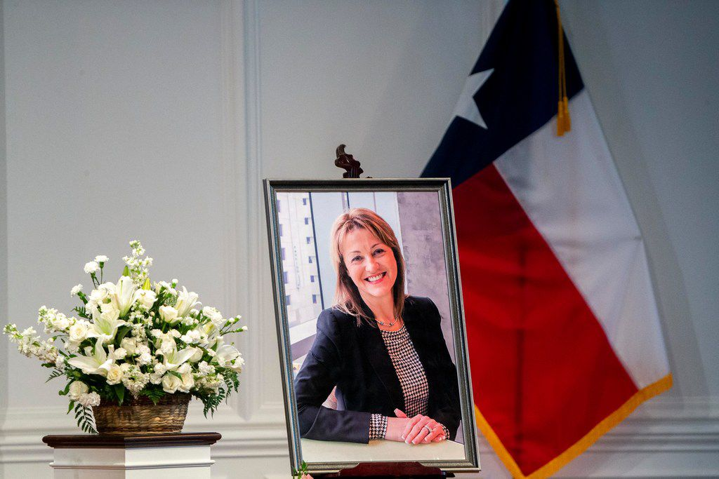 Longtime Grand Prairie superintendent Susan Simpson Hull died from injuries suffered in a motorcycle accident while on vacation. She was 60.