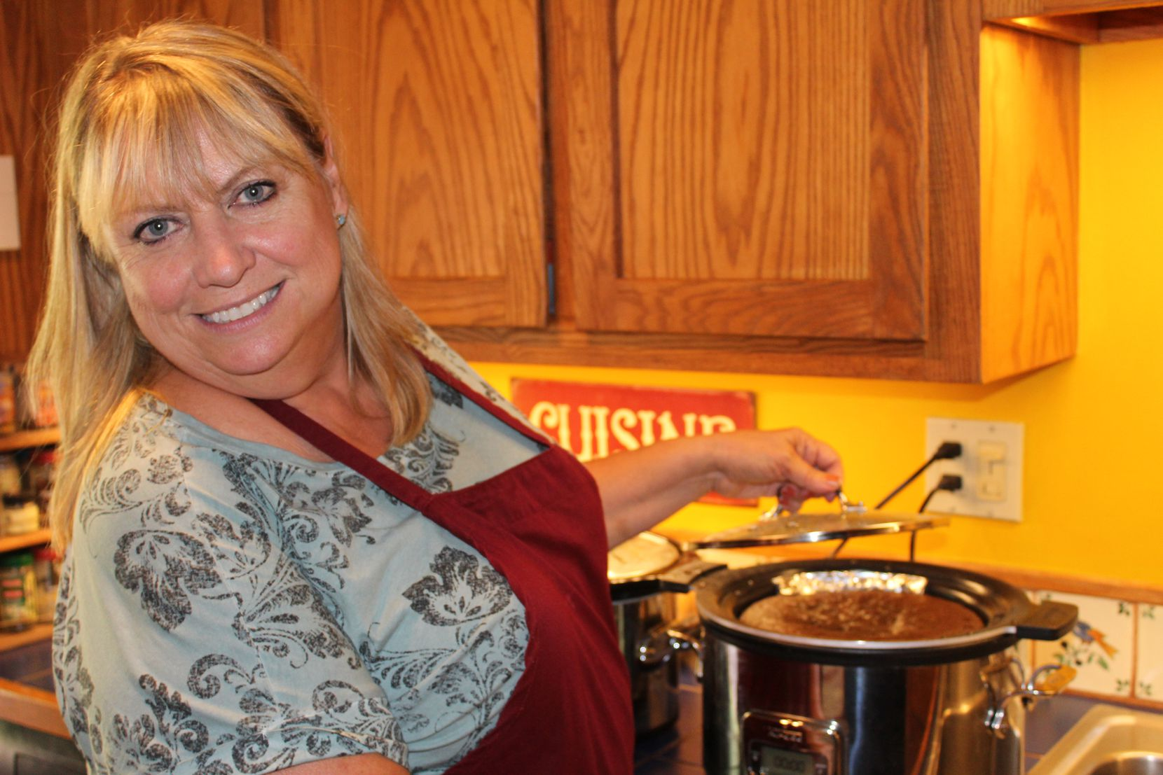 Author Cheryl Alters Jamison in her Santa Fe kitchen