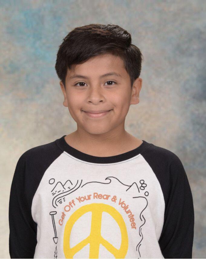 Nico Escalante, de 9 años, murió el 11 de septiembre al ser atropellado por un automóvil en Traders Village. Su familia quiere recordarlo por su arte.