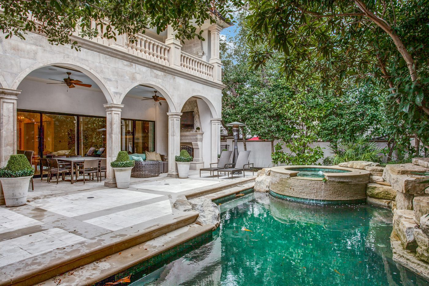 A look at the backyard of the Dallas home Kameron Westcott is selling.