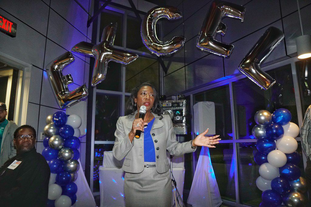 District attorney candidate Elizabeth Frizell speaks to supporters during her election party at Delta Charlie's Bar & Grill in Dallas on March 6, 2018.